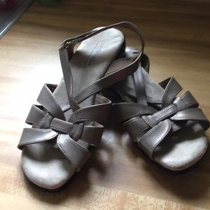 Comfort Plus by Prediction strapy sandals Sz 7W